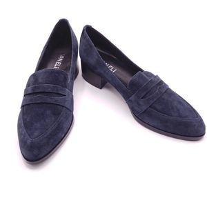 Vaneli Blue Suede Loafer Flats Size 8 Narrow